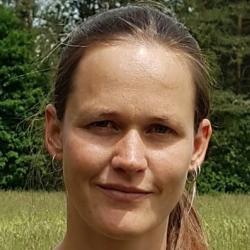 Dr Hannah  Tomczyk